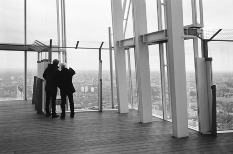 Floor 72. Although enclosed by glass there is no roof.